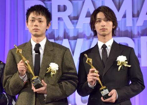 『東京ドラマアウォード2019』授賞式に出席した(左から)菅田将暉、横浜流星 (C)ORICON NewS inc.
