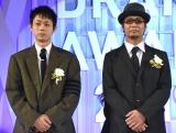 『東京ドラマアウォード2019』授賞式に出席した(左から)菅田将暉、武藤将吾氏 (C)ORICON NewS inc.