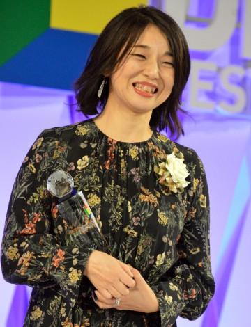 『東京ドラマアウォード2019』で脚本賞を受賞した安達奈緒子氏 (C)ORICON NewS inc.