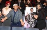 映画『ジョン・ウィック:パラベラム』のイベントに登場したトム・ブラウン(左から)みちお、布川ひろき (C)ORICON NewS inc.