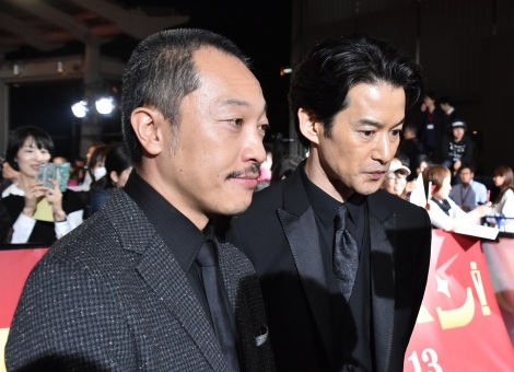 映画『カツベン!』の完成披露レッドカーペットイベントに登壇した(左から)音尾琢真、竹野内豊 (C)ORICON NewS inc.