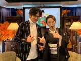 (左から)稲垣吾郎・東村アキコ氏 (C)AbemaTV