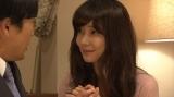 11月4日放送、総合テレビ『コントの日』「いかがわしい店いかがわしい店」倉科カナ(C)NHK