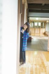 『週刊少年マガジン』49号の表紙を飾った小坂菜緒