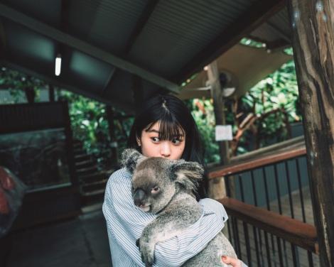 サムネイル 馬場ふみか紀行本『ばばたび』誌面カット(C)三瓶康友/集英社