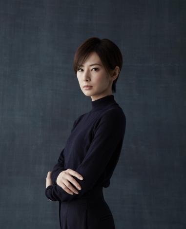 役者人生初のショートヘアで映画『ファーストラヴ』の主演を務める北川景子 (C)2021「ファーストラヴ」製作委員会