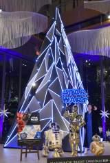 『STAR WARS Marunouchi Bright Christmas 2019 -Precious for you-』クリスマス点灯式に出席した片瀬那奈 (C)ORICON NewS inc.