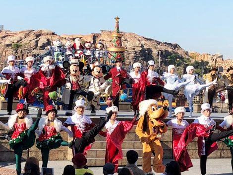 サムネイル クリスマスの名曲とともに本格的なダンスパフォーマンスが楽しめる「イッツ・クリスマスタイム!」(C)oricon ME inc.