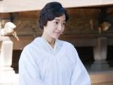 NHK総合・土曜ドラマ『少年寅次郎』第4話(11月9日放送)より。寅次郎の育ての母・光子(井上真央)(C)NHK