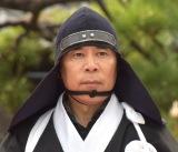 岡村隆史、浅野内匠頭のお墓参り (19年11月11日)