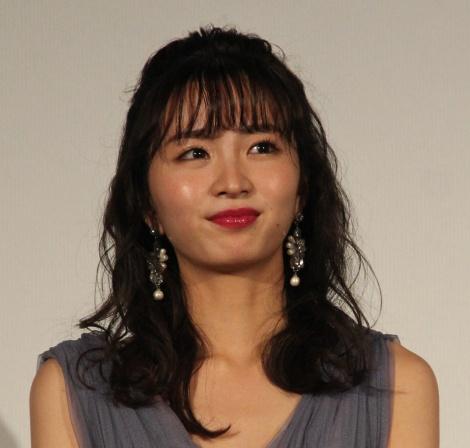 映画『午前0時、キスしに来てよ』の完成披露舞台あいさつに登場した岡崎紗絵 (C)ORICON NewS inc.