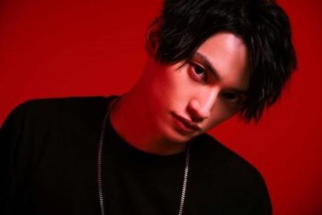加藤ミリヤの代表曲に男性目線のラップを加えたSKY-HI