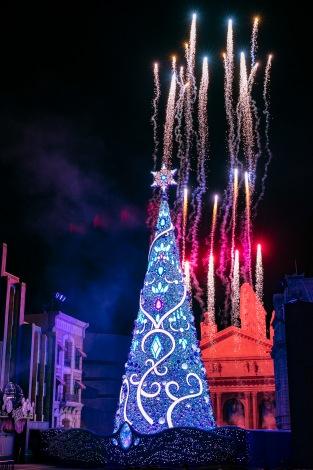ユニバーサル・スタジオ・ジャパン冬の期間限定イベント『ユニバーサル・クリスタル・クリスマス』  画像提供:ユニバーサル・スタジオ・ジャパン