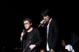 2008年鴬谷キネマ倶楽部でのライブより(左から)原田芳雄さん、江口洋介