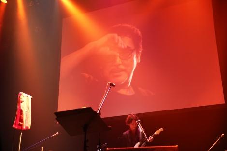 2016年の原田芳雄さん追悼Birthday Liveの模様