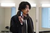 『ニッポンノワール —刑事Yの反乱—』の第6話に出演する賀来賢人(C)日本テレビ