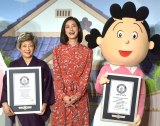 (左から)加藤みどり、天海祐希、サザエさん =CXアニメ50周年記念「サザエさんウィーク」発表会 (C)ORICON NewS inc.