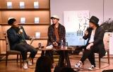 書籍『さよなら、ヒット曲』の出版記念トークショー&サイン会の模様(C)ORICON NewS inc.