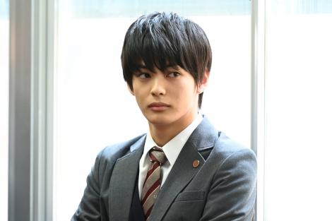 『ニッポンノワール』の第7話に出演する神尾楓珠(C)日本テレビ