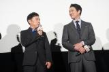 映画『決算!忠臣蔵』の初日舞台あいさつに登壇した(左から)岡村隆史、堤真一