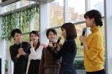 カレンダー発売記念イベントに登壇したテレビ朝日のアナウンサー(左から)森葉子、住田紗里、田中萌、久冨慶子、下村彩里(C)テレビ朝日