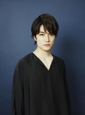 ABCテレビ・テレビ朝日ほかで2020年1月スタート、『この男は人生最大の過ちです』に出演する入江甚儀