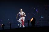 かけっこ早押しで4期生代表として全力疾走する柴田柚菜=『乃木坂46 3・4期生ライブ』より
