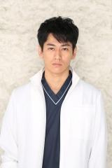 『トップナイフ —天才脳外科医の条件—』永山絢斗のビジュアルカット(C)日本テレビ