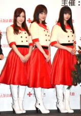 日本赤十字社のプロジェクト『みんなの献血』クリスマスPRイベントに出席した(左から)星野みなみ、山下美月、齋藤飛鳥 (C)ORICON NewS inc.