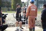 読売テレビ制作『ビッグ☆プレイ』で巨大ブランコから靴飛ばしに挑戦することとなった関口メンディー (C)読売テレビ