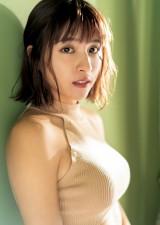 『ヤングジャンプ』新年1号の表紙を飾ったチュンチュン(C)藤本和典/集英社