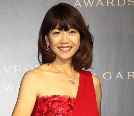 『BVLGARI AVRORA AWARDS 2019』のゴールデンカーペットセレモニーに登場した高橋尚子 (C)ORICON NewS inc.