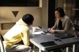 初共演の天海祐希と取調室で対峙(C)テレビ朝日