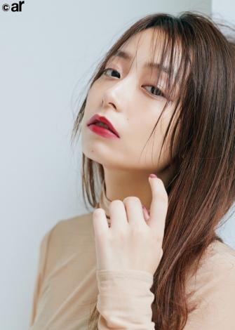 サムネイル 『ar」1月号に登場した宇垣美里