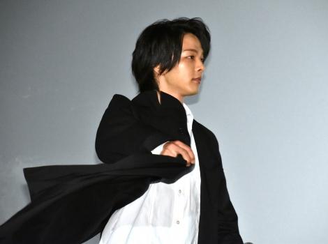 映画『屍人荘の殺人』の公開初日舞台あいさつに登壇した中村倫也 (C)ORICON NewS inc.