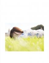 乃木坂46・山下美月1st写真集『忘れられない人』通常版裏表紙(撮影/須江隆治)