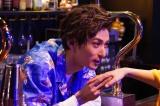 日本テレビ『トップナイフ』より茶髪姿を披露した古川雄大 (C)日本テレビ