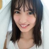 12月13日発売『FRIADY』の表紙を飾った乃木坂46・遠藤さくら(撮影/細居幸次郎)