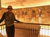 岩永徹也、エジプト古代遺跡の現場