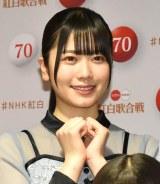『第70回NHK紅白歌合戦』の囲み取材に参加した日向坂46・丹生明里 (C)ORICON NewS inc.
