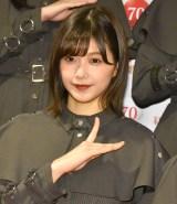 『第70回NHK紅白歌合戦』の囲み取材に参加した欅坂46・渡邉理佐 (C)ORICON NewS inc.
