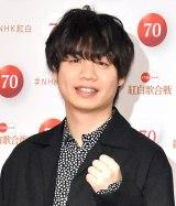 『第70回NHK紅白歌合戦』の囲み取材に参加した楢�ア誠 (C)ORICON NewS inc.