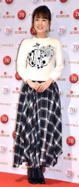 『第70回NHK紅白歌合戦』の囲み取材に参加した丘みどり (C)ORICON NewS inc.