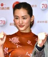 『第70回NHK紅白歌合戦』の囲み取材に参加した綾瀬はるか (C)ORICON NewS inc.