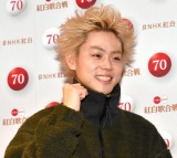 『第70回NHK紅白歌合戦』の囲み取材に参加した菅田将暉 (C)ORICON NewS inc.