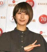 『第70回NHK紅白歌合戦』の囲み取材に参加した土生瑞穂 (C)ORICON NewS inc.