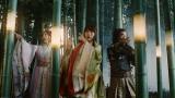 au「三太郎」シリーズの最新CM『みんな自由だ』篇