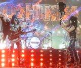 『第70回NHK紅白歌合戦』でYOSHIKI feat.KISS<YOSHIKISS>が「Rock And Roll All Nite」を披露