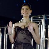 GINZA SIXのイルミネーション『Rooftop Star Garden』点灯式に登壇した新木優子 (C)ORICON NewS inc.
