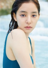 新木優子2nd写真集『honey』の収録カット